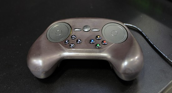 GDC 2014 Cultura Geek STEAM controller