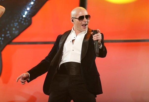 AMAs2014-Pitbull-Cultura-Geek