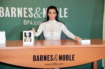 "Kim Kardashian Signs Copies Of Her New Book ""Kim Kardashian West: Selfish"""