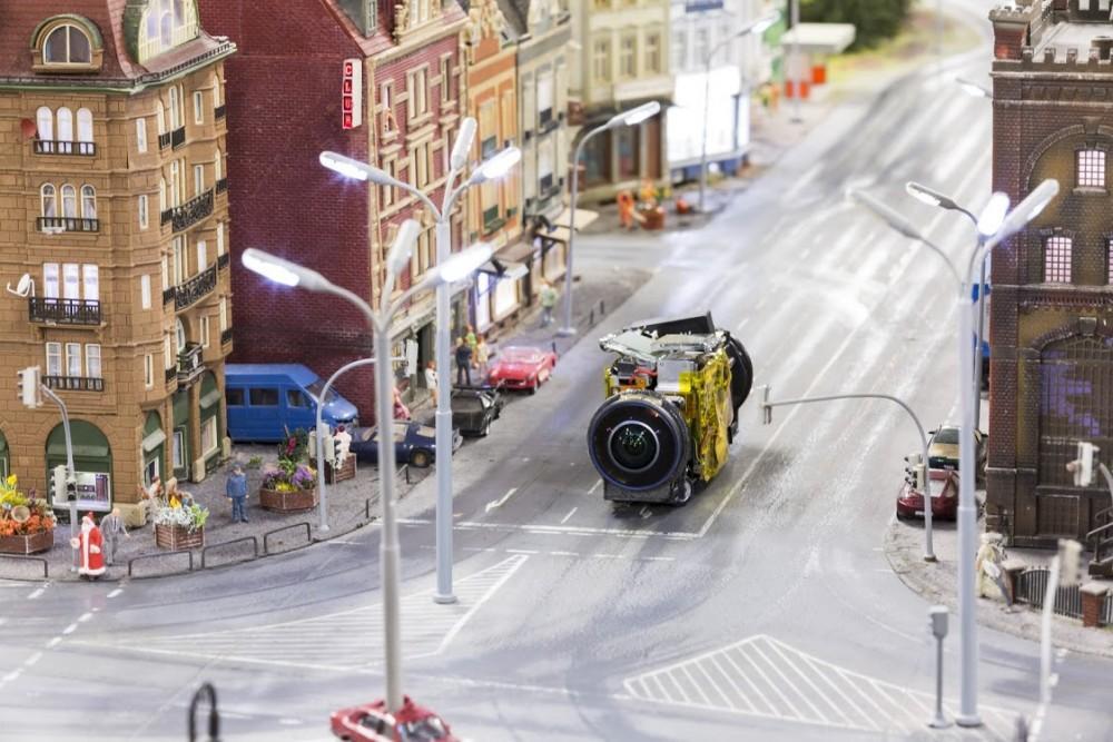 Una de las mini-cámaras que usó Google en la ciudad miniatura
