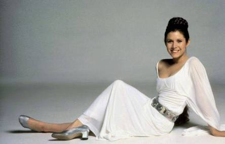 Carrie-Fisher-as-Princess-Leia-in-Star-Wars-Episode-IV-A-New-Hope-culturageek.com