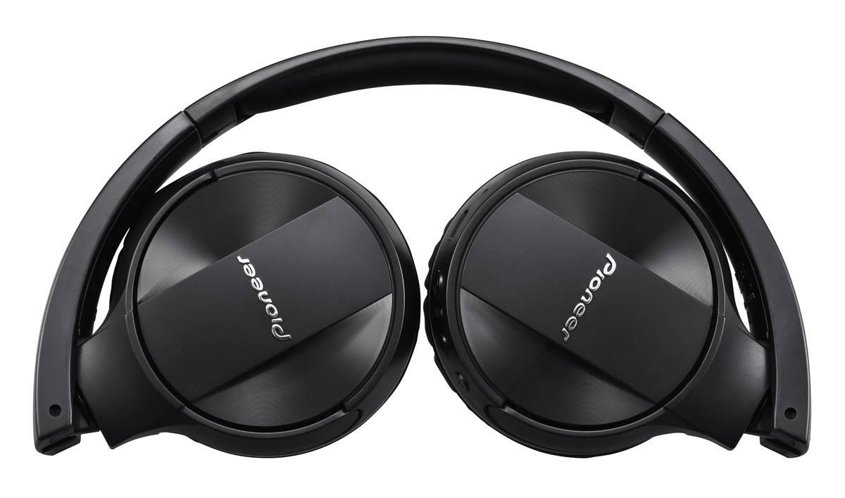 225c08a391d De la mano de VideoMarket, Pioneer presenta en la Argentina los primeros  auriculares con Bluetooth de la marca. Te lo presentamos, ¡en esta nota!
