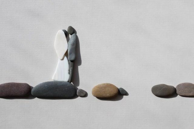 Sharon Nowlan sencillas esculturas piedras 15