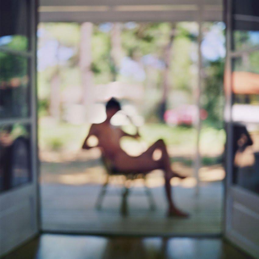 Mona Kuhn fotografrias eroticas sensuales desenfocadas borrosas 12