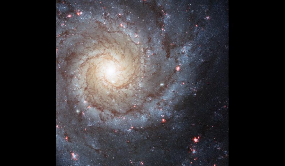 messier74 NASA 25