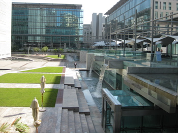 The lush courtyard of the Dubai Financial Center