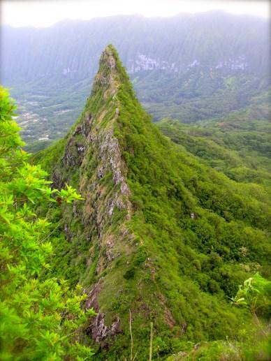 Olo'mana Ridge Three Peaks Hike, O'ahu