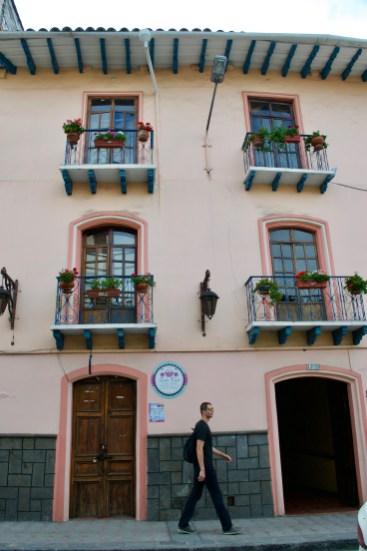 Exploring Cuenca with Mr. Legs ;-)