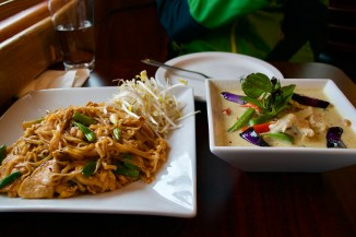 Pad thai and green curry
