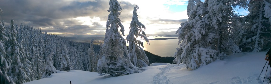 Oyster Dome Hike in Winter