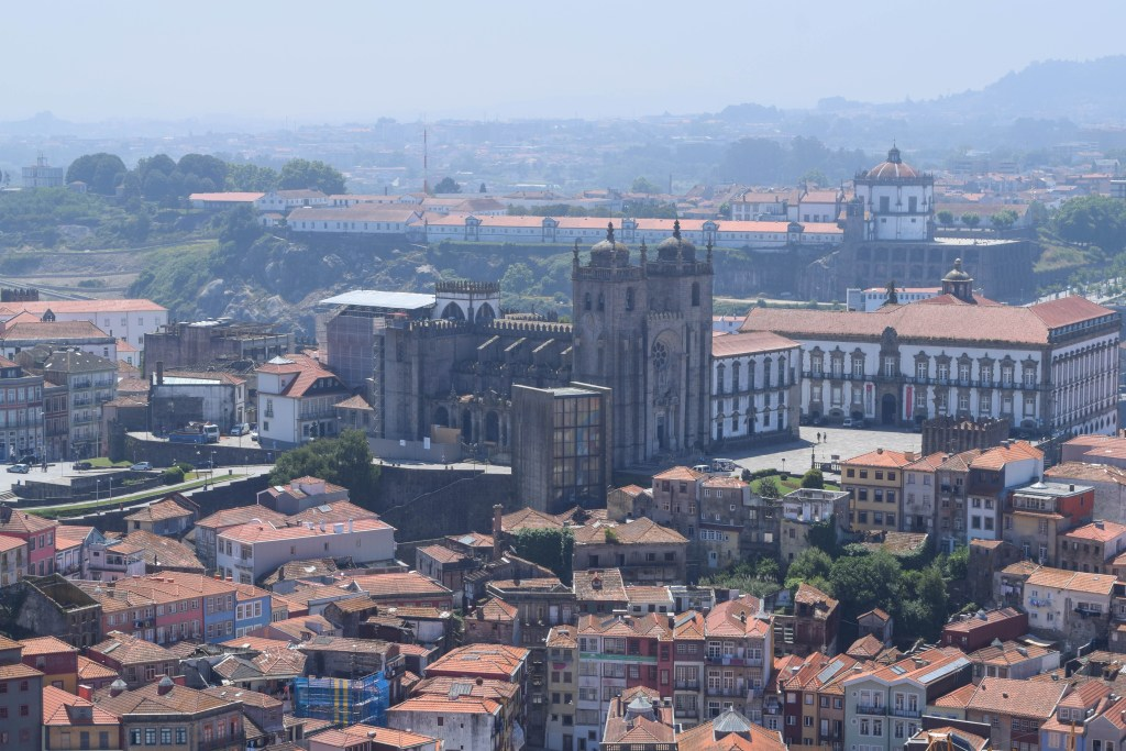 Torre do Clerigos Bell Tower, Porto, Portugal