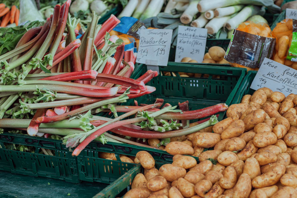 Why is shopping at farmers markets good for you by CulturallyOurs fresh vegetables