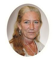 Raychel Wengenroth silversmith jeweler and instructor