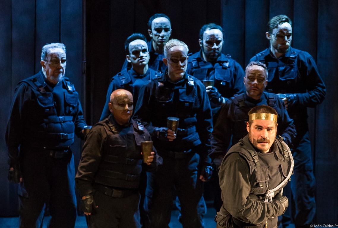 Macbeth, clássico de Shakespeare, protagonizado por Thiago Lacerda. Foto: João Caldas/ divulgação.