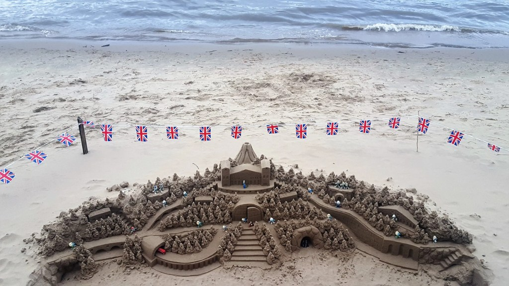 Sandcastle on Thames