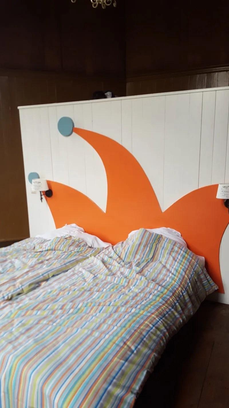 Bedroom Heemskerk StayOkay Dutch Castle Hotel