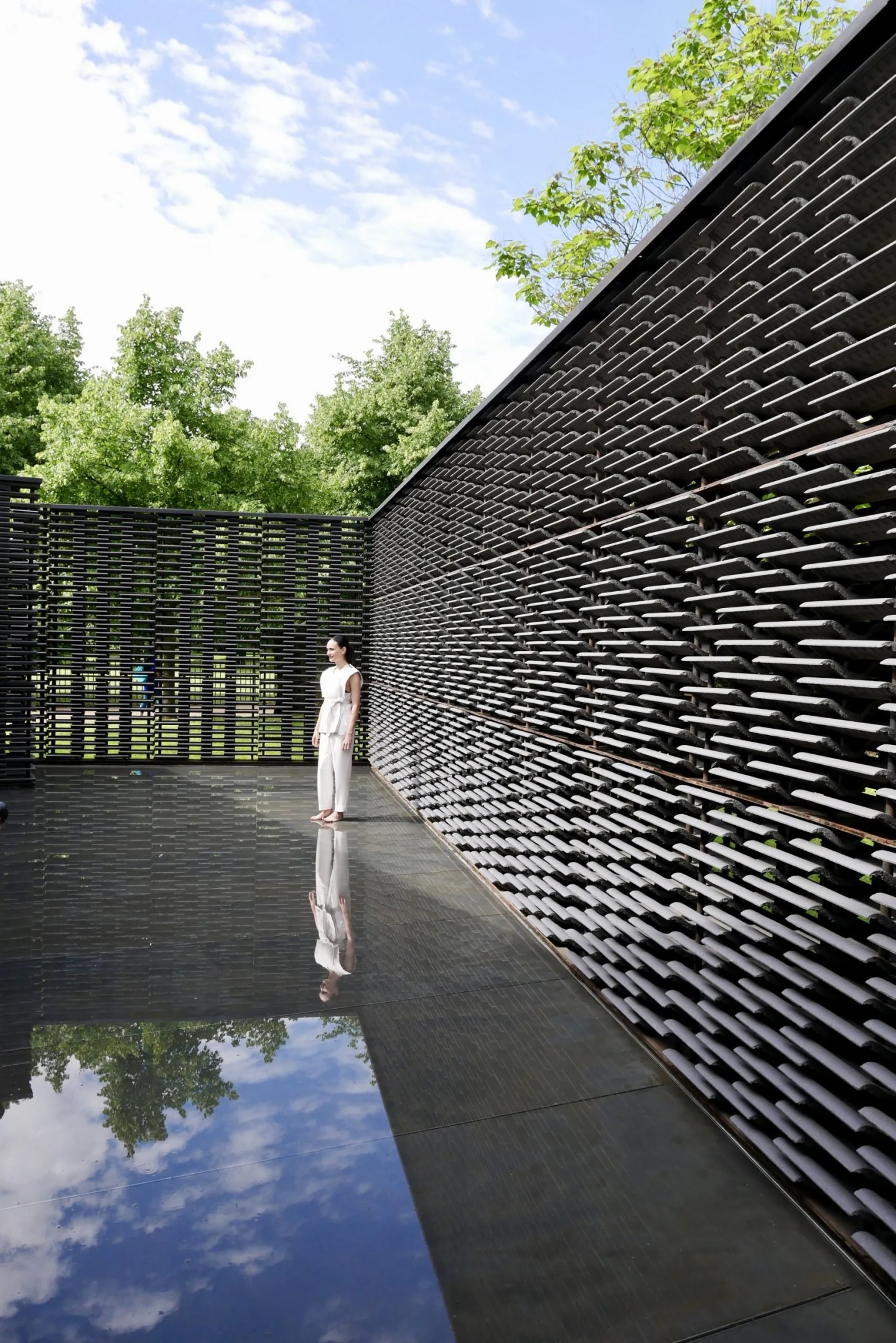 Frida Escobedo Serpentine Pavilion 2018