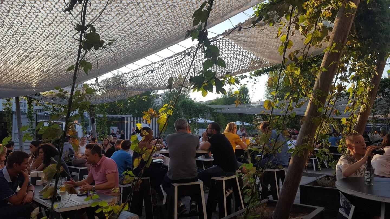 Brlo Brwhouse Berlin beer garden