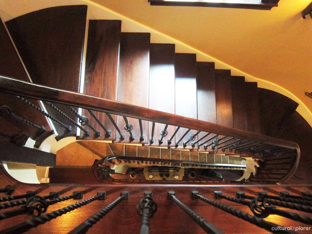 Villa d'Citta stairs