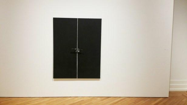Sidsel Paaske. Svart dør. 1966. Tre, metall, speil. Foto: fra utstillingen. Siri Wolland