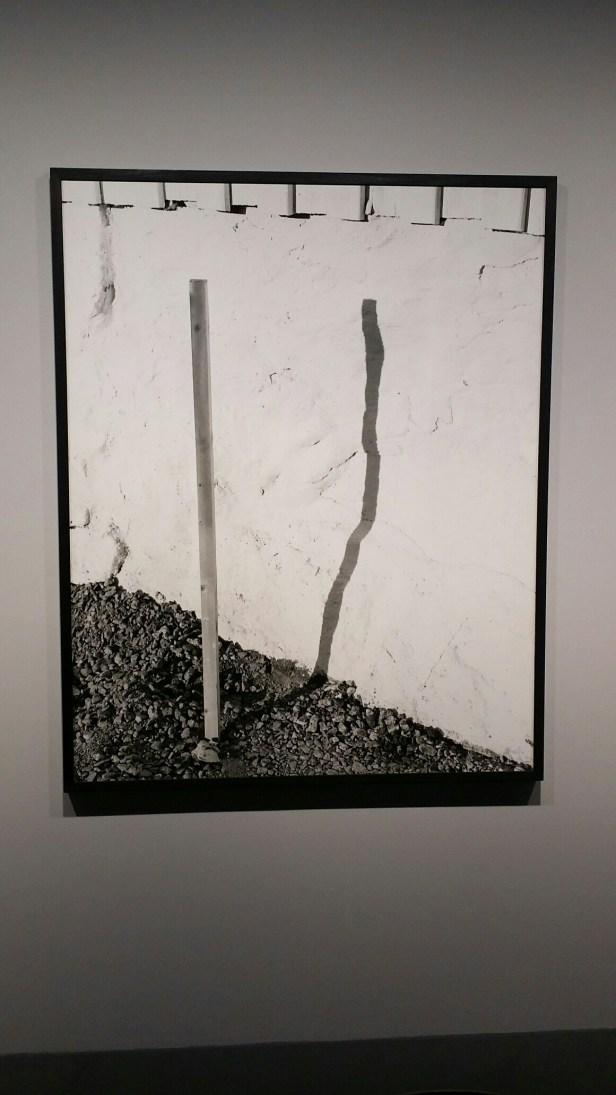 Dag Alveng, Skygge av pinne, 2013. Foto: fra utstillingen. Siri Wolland