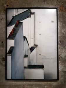 "Fotofestivalen i Arles. ""Life in Cities"". Fotograf; Michael Wolf, Paris Rooftops, 2014. Foto fra utstillingen: Siri Wolland."