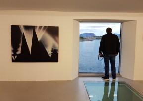 Fra utstillingen Painting or Not, i Kaviarfabrikken i Henningsvær. Foto: Siri Wolland.