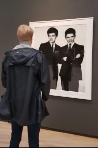 The Everly Brothers, musicians, 1961. Fra utstillingen Avedons Amerika, Henie Onstad kunstsenter. Alle fotografier Richard Avedon. Foto fra utstillingen; Siri Wolland.