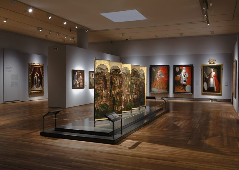 Vista general de una de las salas de la exposición «Tornaviaje. Arte Iberoamericano en España».