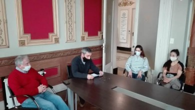 Photo of Autoridades Comunales se Reunieron con Representantes de Salas de Ensayos y Salones de Danza por la Reanudación de las Actividades