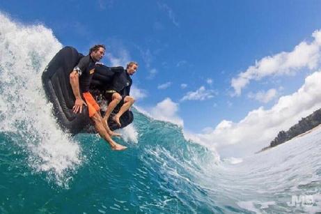 Couch surfing ou surfer de canapé en canapé