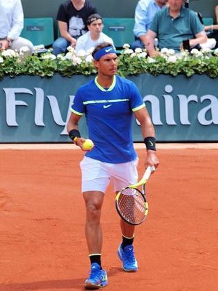 450px-Paris-FR-75-open_de_tennis-2-6--17-Roland_Garros-Rafael_Nadal-13
