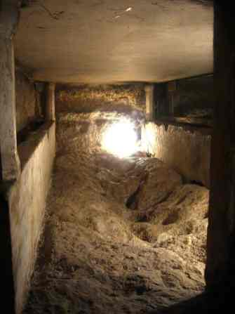 1024px-4972-20080122-0741UTC--jerusalem-mary-sarcophagus