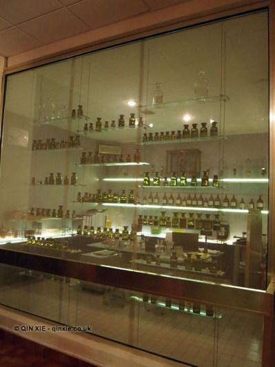Fragrance samples, Molinard, Grasse