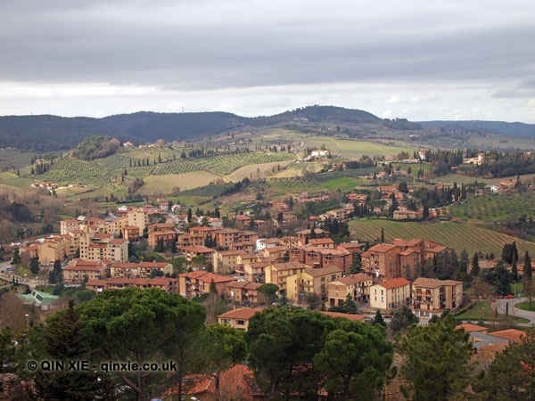 Meandering through San Gimignano, Italy