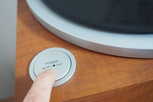 P1274566 DENONのレコードプレイヤー
