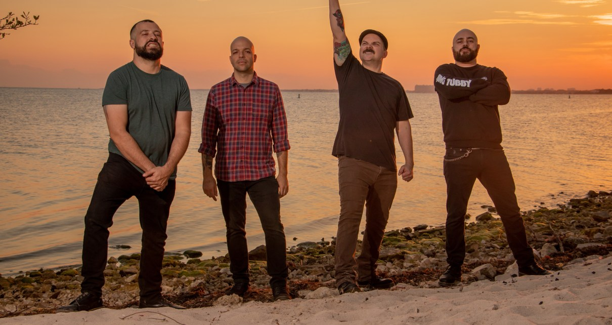 Torche press photo