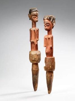 Couple de statuettes, Sindara