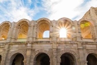 Les arènes d'Arles © DR