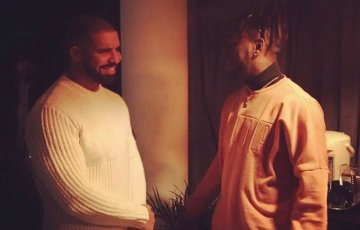 Canadian artist, drake and Nigeria's burna boy link up backstage in London