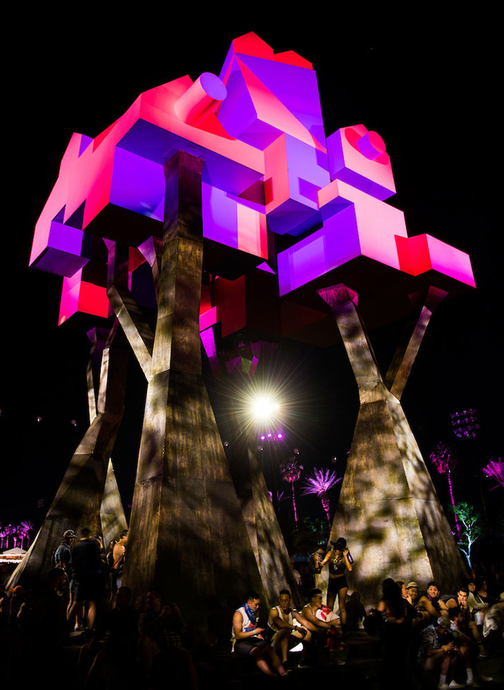 Olalekan Jeyifous' Crown Ether sculpture currently on display at Coachella
