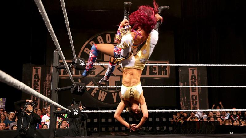 Bayley Hurricanrana