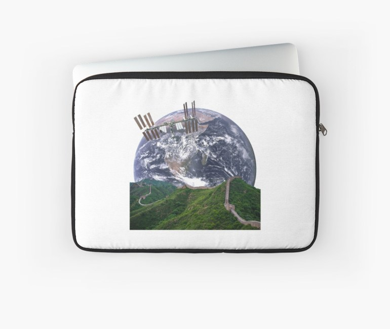 Parallax Great Wall from Space Laptop Sleeve