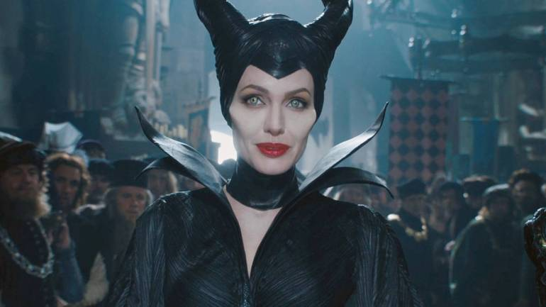 Official Trailer For Disney S Maleficent Mistress Of Evil