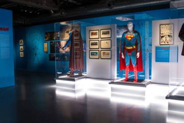 DC Exhibition: Dawn of Superheroes costume image