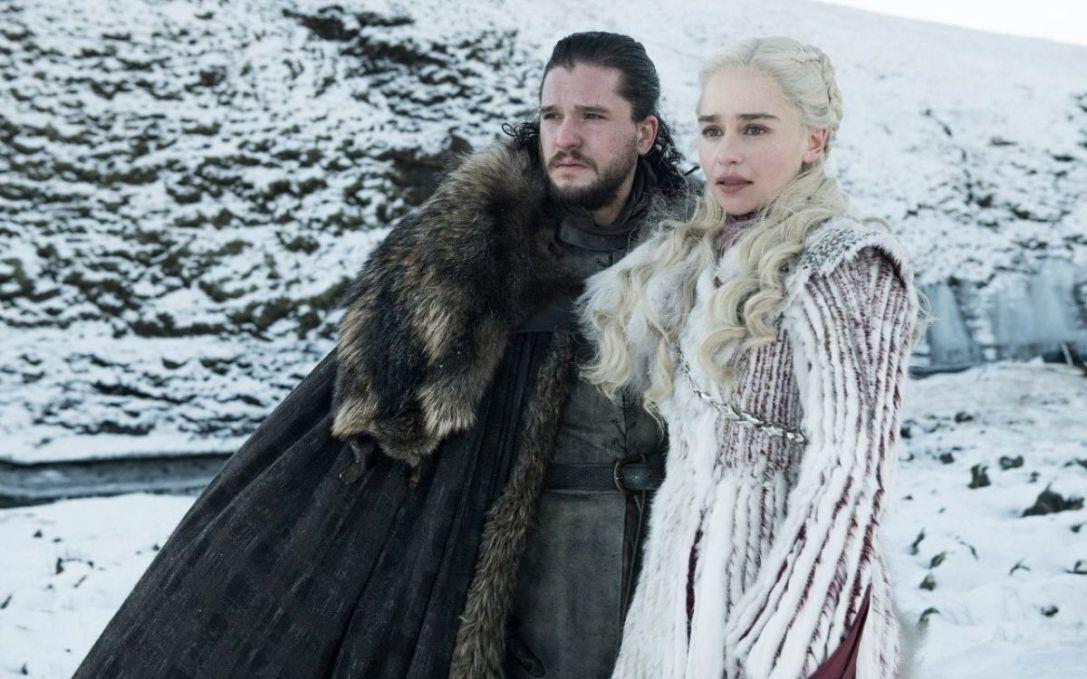 game of thrones winterfell kit harington emilia clarke