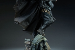 dc-comics-batman-premium-format-figure-sideshow-300542-08
