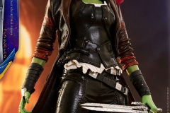 marvel-guardians-of-the-galaxy-vol2-gamora-sixth-scale-figure-hot-toys-903101-16