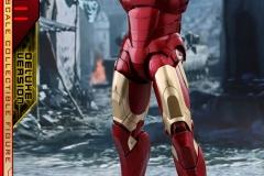 marvel-iron-man-mark-3-quarter-scale-figure-deluxe-version-hot-toys-903412-01