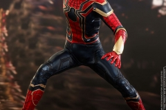 marvel-avengers-infinity-war-iron-spider-sixth-scale-hot-toys-903471-07